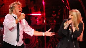 Rod Stewart and Stevie Nicks Perform