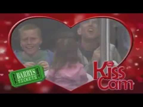 Beckhams Daughter Caught on Kiss Cam