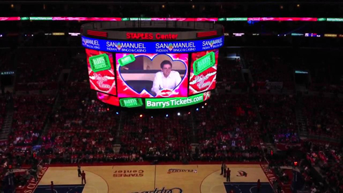 Barrys Tickets Kiss Cam at Clippers Game