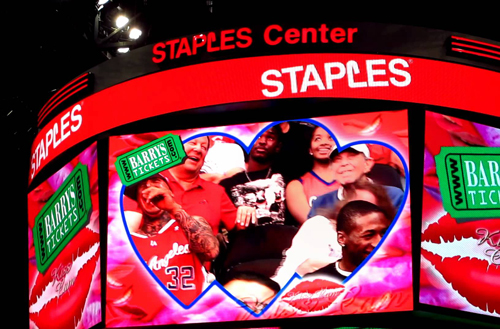 LA Clippers Kiss Cam