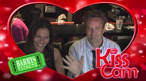 Matthew Perry Kiss Cam LA Kings