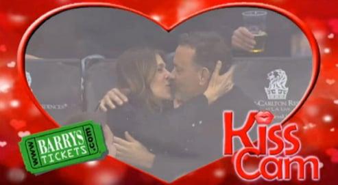 Kiss Cam Tom Hanks Rita Wilson