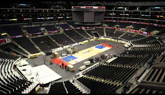Changing Clippers court to Kings Rink Staples Center