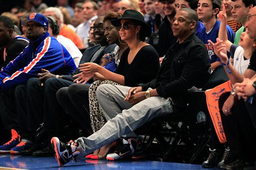 Lakers vs Knicks courtside