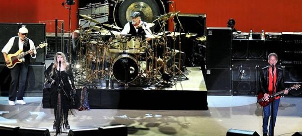 Fleetwood Mac concert tour 2015