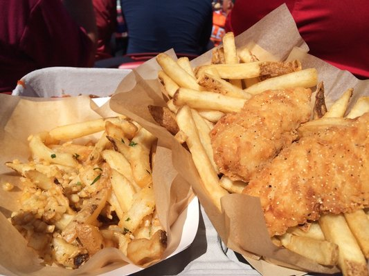 Levis Stadium Eats Chicken Fingers and Fries