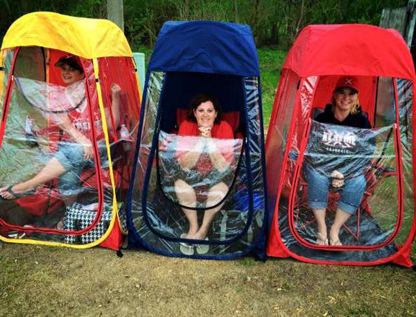 Rose Bowl stadium tailgate tent