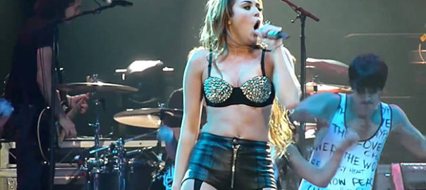 Miley Cyrus Live